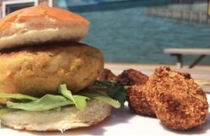 Outdoor Dining Chesapeake Bay Crab Cake